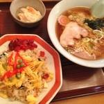 和泉軒 - 料理写真:チャーハンセット(850円)