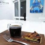 Ki - 無花果のタルト、ハンドドリップのコーヒー