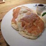 パンケーキ&スイーツ ブラザーズカフェ - スフレパンケーキヾ(*・ω・*)o