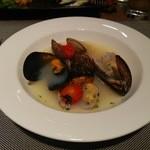 42925949 - 魚料理