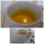 42931787 - カボチャのスープ・・かぼちゃの甘みを感じる美味しい品。