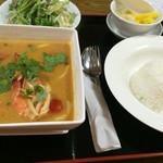 タイ料理 マナ - ランチ トムヤムクン