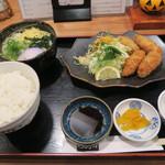 Membou - カキフライ定食 880円(税込)