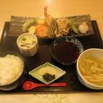 楠亭 - 料理写真:天ぷら定食。1850円