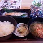42946857 - 焼魚朝定食 選べる小鉢付き 480円