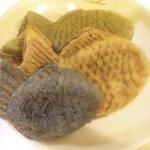 代官山たい焼き 黒鯛 - 黒ゴマ(小)、プレーン(大)、抹茶(大