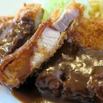 洋食 ひらおか  - トンカツ、適度に脂身が混ざったお肉、やっぱりソースが抜群!