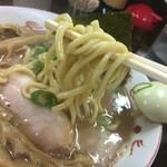 麺屋 庄太 - 麺リフトアップ