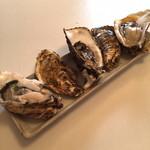 42956276 - 生牡蠣、炙り牡蠣、焼き牡蠣