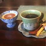 ディア タイム - デザートの白ゴマプリンとオリジナルブレンドのコーヒー