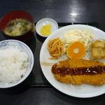信濃庵 - トンカツ定食