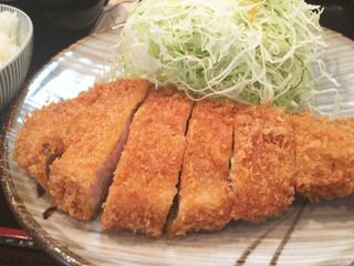 とん平 - ロース定食(1,550円)