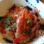 水けしき - 料理写真:赤貝海鮮丼1500円