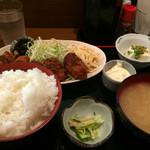 はらぺこダイニング - かき定食 ¥850