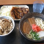 名嘉地そば - 沖縄そばセット750円