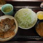 42990403 - 豚丼 梅 セット ¥800-