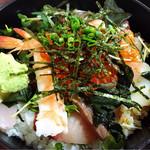 42991140 - 海鮮丼のアップ