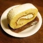 えくぼや - えくぼやのロールケーキ