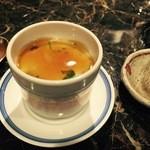 一喜一遊 - カマンベールの茶碗蒸し銀餡仕立て