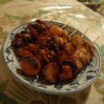 東京やきとり - 料理写真:左から砂肝、豚串、モツ、つくね、焼鳥
