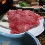 五色温泉 宗川旅館 - 夕食のすき焼きは肩ロース