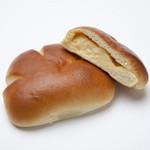ボンジュール・ボン - 信州さくらたまごのクリームパン
