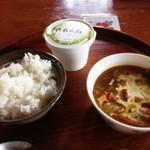 ポロシリ - カレー鍋+ヨーグルト