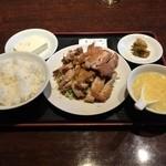 南国亭 - 早めの昼メシ揚げ鶏の香味ソースかけ定食820円  たまにはこうゆうのもいいね