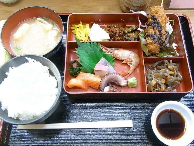 かい - 日替り弁当¥680(税別)☆♪