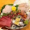 魚平 - 料理写真:刺盛り1人前