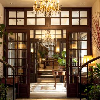 フランス北東部の建築様式を彷彿とさせる一軒家レストラン