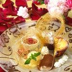 銀座イタリアン Fabi's  - お誕生日の方にミニブーケとメッセージ入りプレートサービス