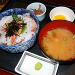かねまつ - 刺身丼 800円