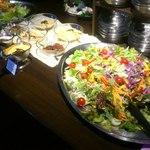 ペダラーダ - 新鮮なサラダが食べ放題