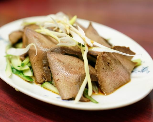 新シン料理店 - 2015.10 豚の舌(380円)