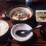 43155596 - 牛すじ煮込み豆腐定食 980円