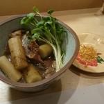いずみ田 - 煮物の図
