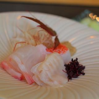 群来膳 - 料理写真:①松川カレイのエンガワ ②キンキ(キモ付き) ③真鯛(道南)