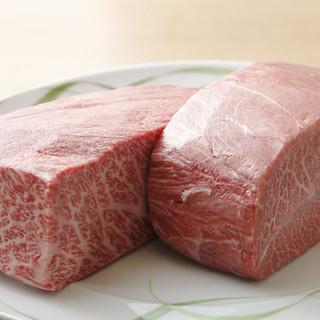 最高級の肉を厳選!焼肉「華火」の哲学を目と舌でご堪能あれ