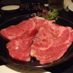 焼肉 不動神 - 料理写真:特上カルビ。見た感じ美味しそう。プルプルしちゃいます^^;