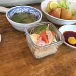 中華料理いっ軒 - スープ、サラダ、春巻き