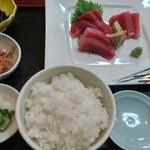 家族亭富穂 - マグロ定食 780円(税込)