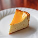 焼きたてチーズタルト専門店PABLO - 焼きたてチーズタルト ミディアム☆