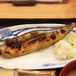 43212069 - [ランチの定食]新さんま塩焼き(税込930円)