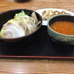 さわ - 料理写真:つけ麺と餃子