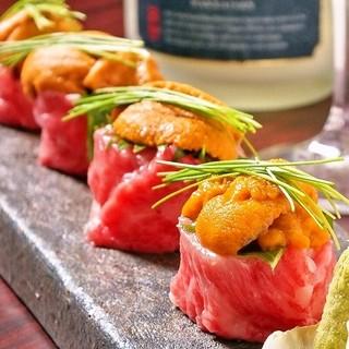 大人気!!雲丹肉巻き&フォアグラ寿司!