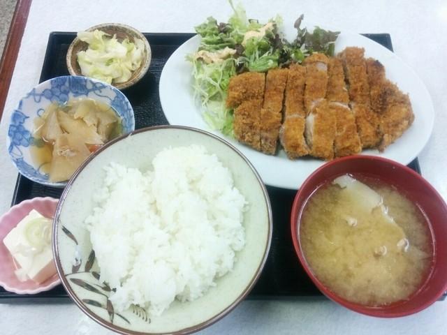 ゆたか食堂 - 上ロース定食 1300円