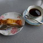 喫茶・お食事・おみやげ かもめ - コーヒー+ケーキセット♪