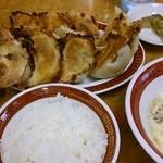 43218733 - 焼餃子定食・・・餃子デカっ♫