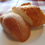 ビストロボナペ - パン